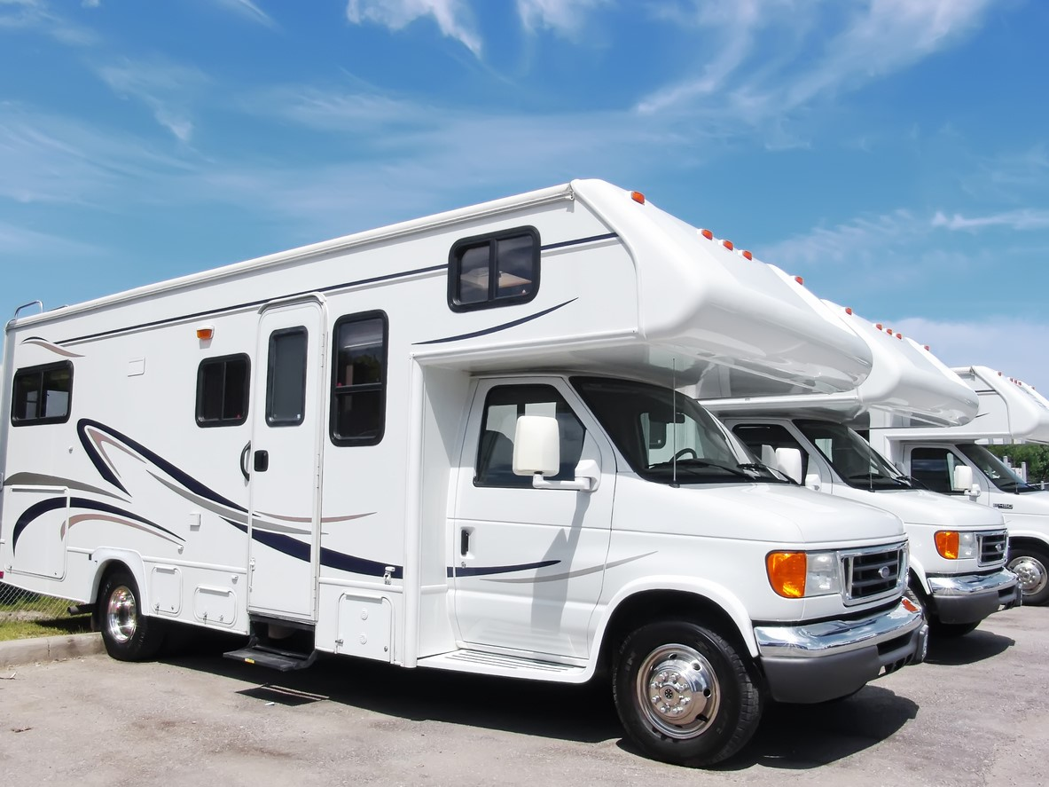 Tips and Tools for Taking Amazing RV Trailer Photos